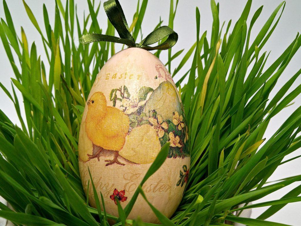 Húsvét Dekupázsolt Tojás