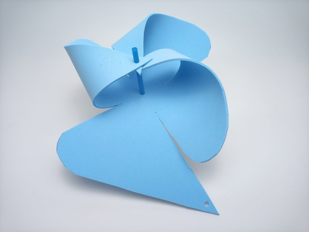 szélforgó kék