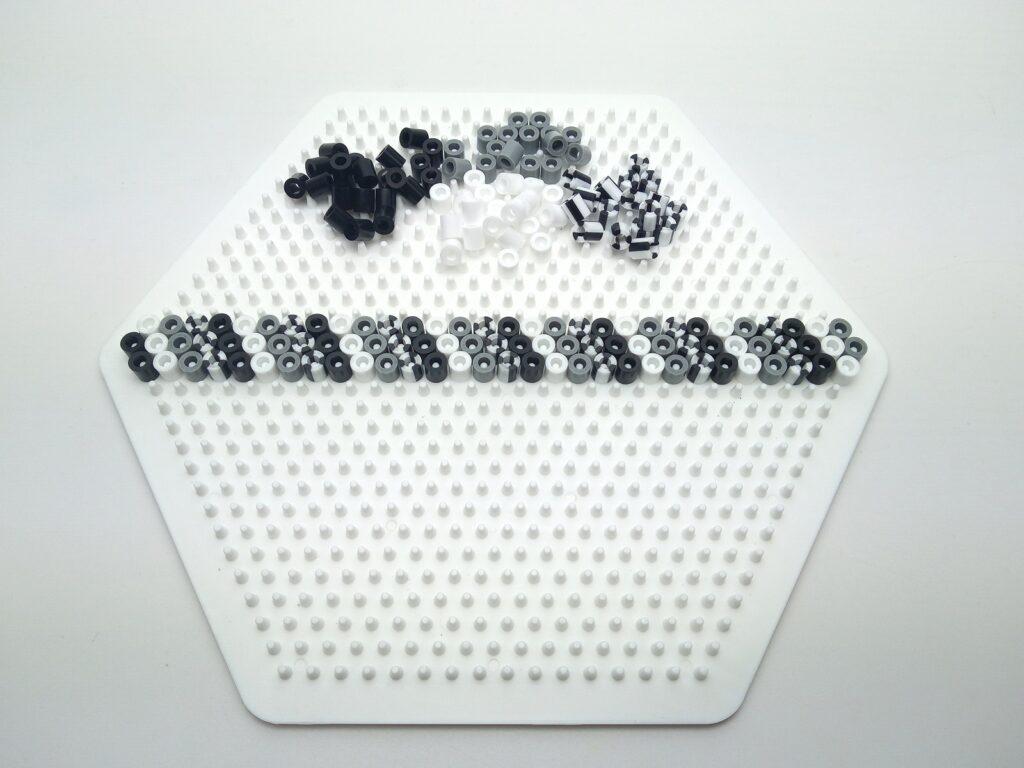 Fekete-fehér Vasalható Gyöngy Karkötő