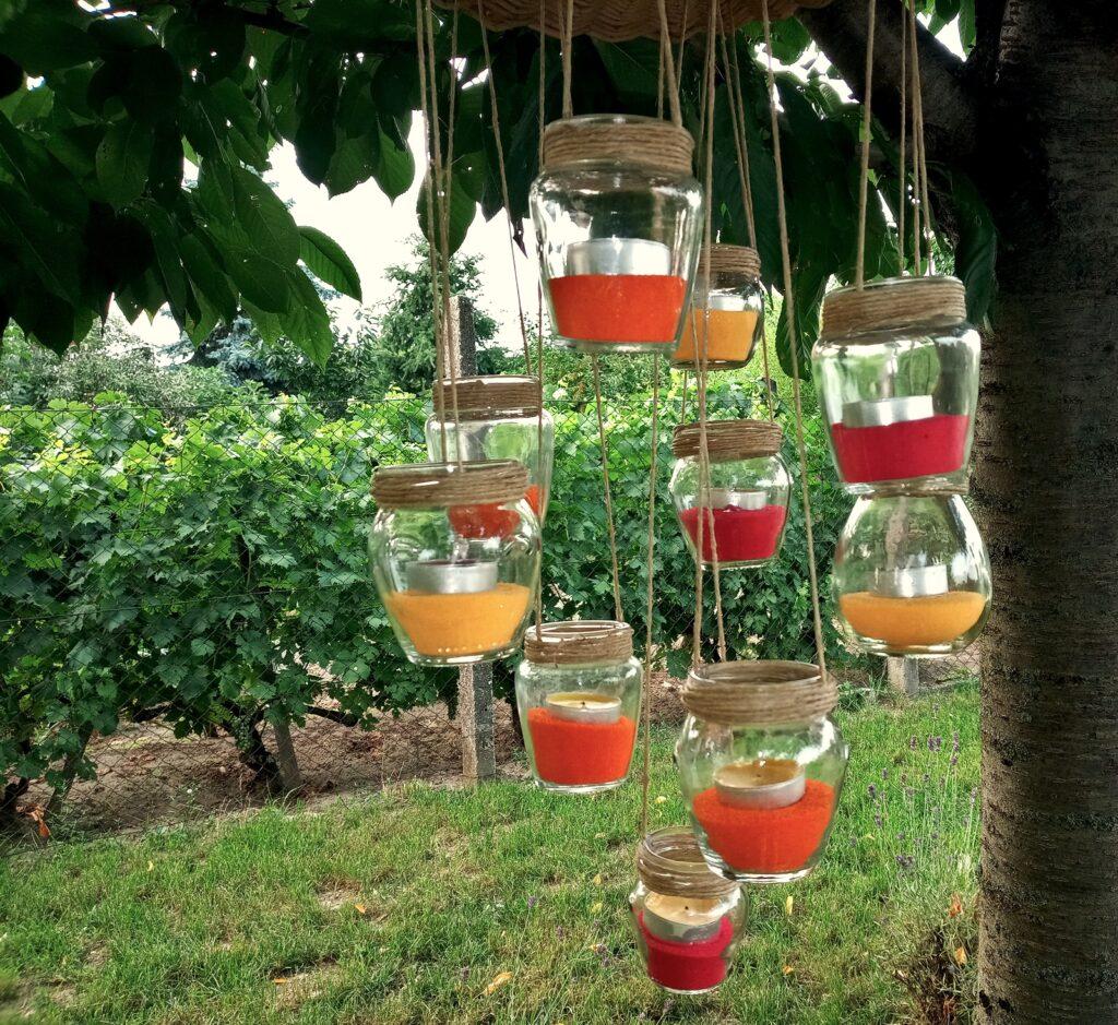 Felfüggesztett Üvegek